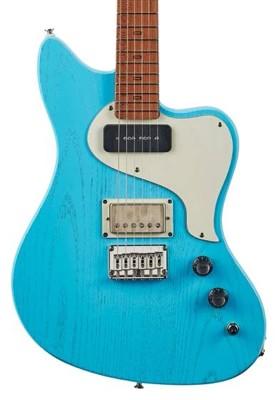 guitarist2111_article_015_02_01