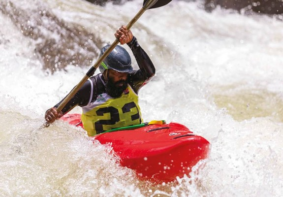 kayak191201_article_014_01_01