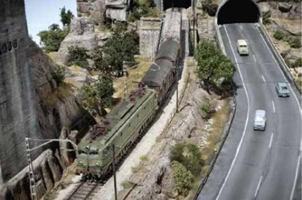 trainmini200901_article_008_01_02