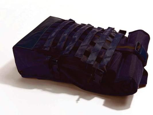 f0017-02