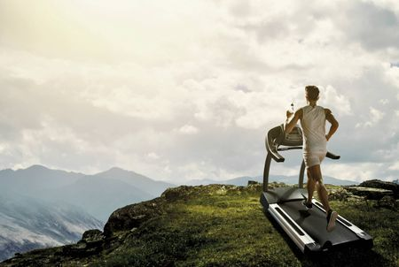 WHY YOU SHOULD LOVE THE TREADMILL