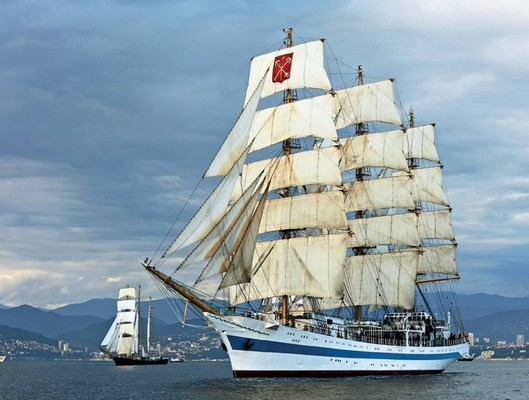 yachtru1707_article_008_01_01
