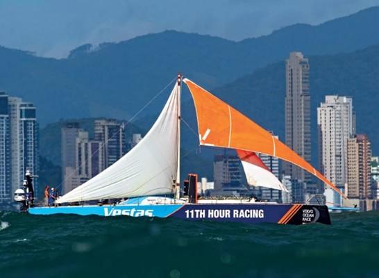 yachtru1805_article_014_01_01