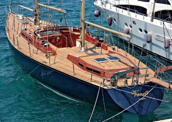 yachtru1808_article_009_01_01
