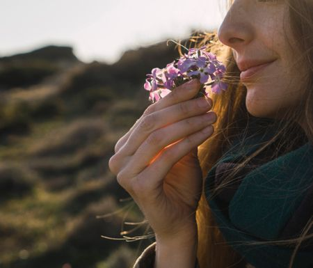 THE PSYCHOLOGY OF SCENT