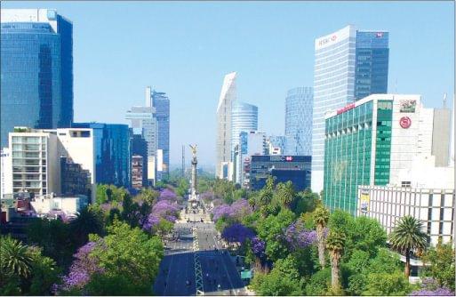 MEXICO ECONOMIC RESILIENCE DESPITE NAFTA UNCERTAINTY