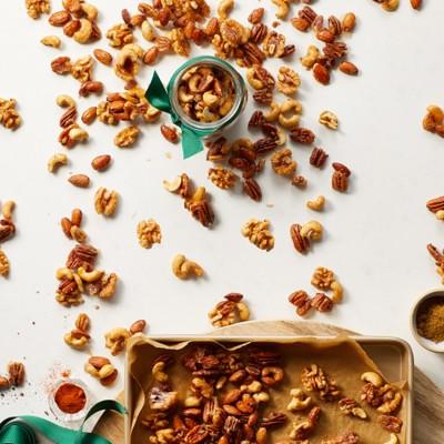 p028-ALR0121-nuts