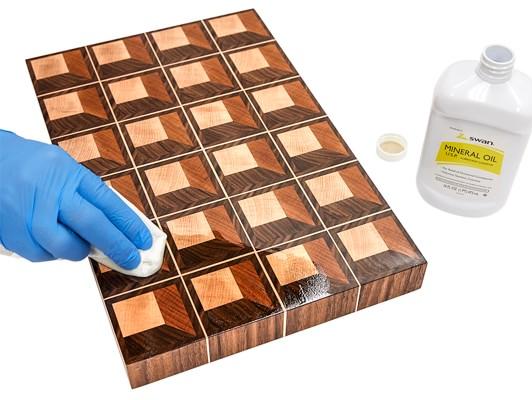 wood-0120-p16-cutting-board